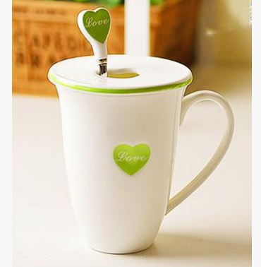 Love mug with cover and spoon-445