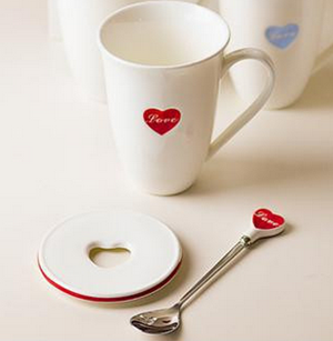 Love mug with cover and spoon-0