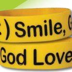 SMILE WIDE SILICONE BRACELET-0