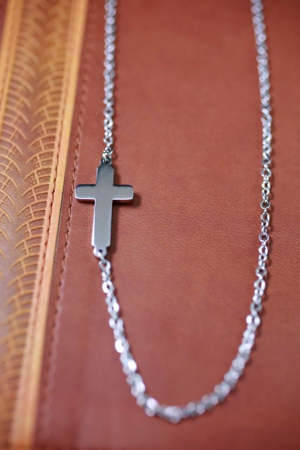 SMALL CROSS NECKLACE-0