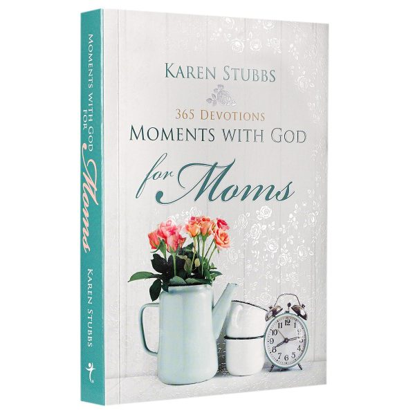 Moments with God for Moms: 365 Devotions-0